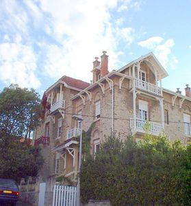 Photo for Apartment BIARRITZ Charm and standing 10 minutes from the beach- BIARRITZ
