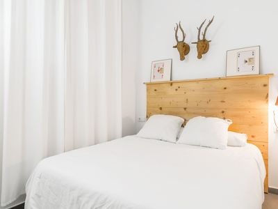 Photo for Modern Apartment in the Old Town with Rooftop Terrace Access and Wi-Fi