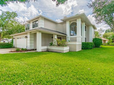 BEAUTIFUL CONTEMPORARY HOME 4 BR, 3 BATHS BEACHES AND GREAT ACTIVITIES CLOSE BY.