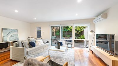 Photo for 3BR House Vacation Rental in Armadale, VIC