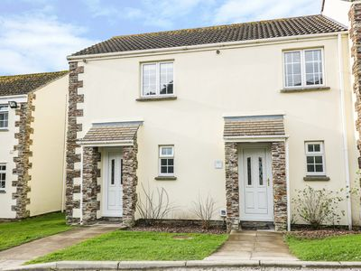 Photo for NUMBER 30, pet friendly, with a garden in Newquay, Ref 970346