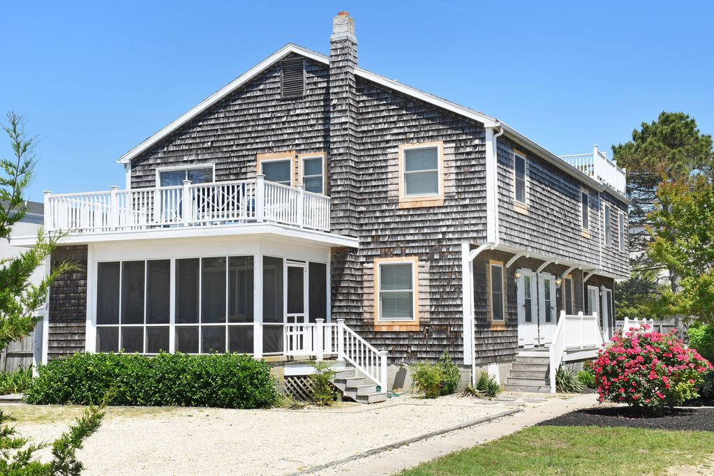 Renovated Oceanside Multi Family And Large Group Rental Sleeps