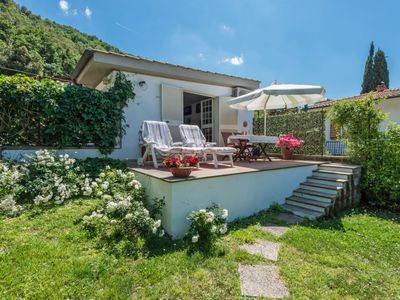 Photo for One bedroom Villa, sleeps 2 in Vigna di Valle with Air Con and WiFi