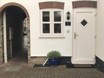 Photo for Traditional Cottage in the heart of Ely, Cambridgeshire