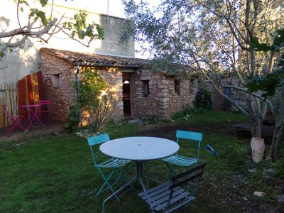 Photo for Cottage with garden near the Colorado Provençal