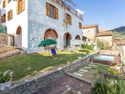 Photo for Villa in Lugnano-monti Di Villa with 3 bedrooms sleeps 8