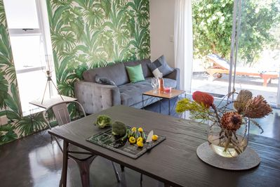 open plan living with own terrace, 2 minutes walk to the beaches!