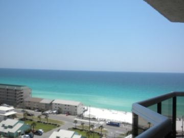 Awesome Spring Break Rates! Free Beach SRVC! Great Views! Huge Balcony!