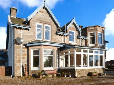 Photo for ALVEY HOUSE, pet friendly, with open fire in Newtonmore, Ref 934608