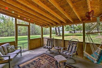 This 2-bed, 1-bath vacation rental features a 3-season porch.