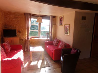Photo for Pretty house in the heart of the Dordogne valley