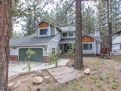 Photo for House 1.5 km from the center of Big Bear Lake with Parking, Internet, Washing machine, Balcony (983643)