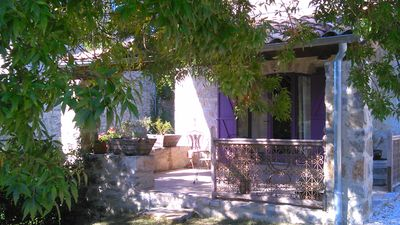 Photo for Charming cottage in Southern Ardèche