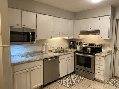 """Photo for """"Your Home away from Home"""" Hilton Head Villa w/ Balcony"""