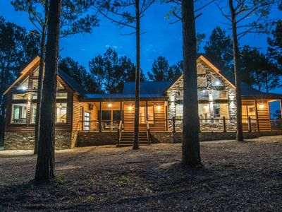 Photo for Lost Creek Lodge - Well Appointed Lodge, Game/Bunk House, 4 Masters, Sleeps 14