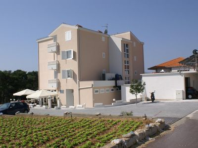 Photo for One bedroom apartment with balcony and sea view Seget Vranjica, Trogir (A-3079-e)