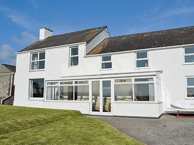 Photo for 4 bedroom property in Holyhead and Trearddur Bay. Pet friendly.