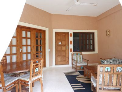 FULLY FURNISHED APARTMENTS WITH DIRECT BEACH ACCESS TO LET IN MALINDI, KENYA.