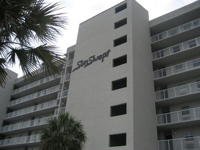 Photo for 508 Sunswept  3 BD/3 BATH  ***DIRECTLY ON THE BEACH**AMAZING VIEW**