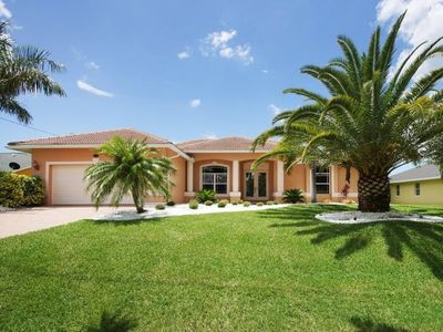 Photo for Bahama - Beautiful Tropical-Style Gulf Access Home