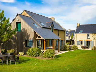 Photo for Beautiful house at holiday park in Cancale, an oysterfarmers village in Brittany