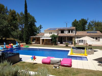 Photo for Surrounded by vineyards your Provencal villa with large mozaic pool