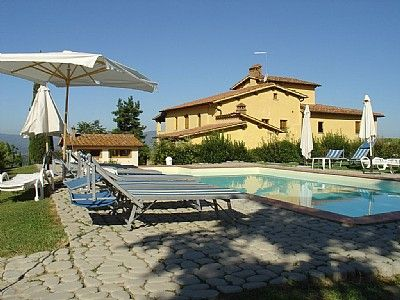 Photo for One bedroom Villa, sleeps 2 with Pool and Walk to Shops