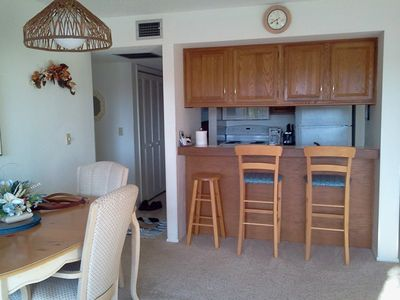 Photo for BOOK WITH US! Midnight Cove II Bayside –3rd fl by lagoon free wi-fi, central ac, beach access.