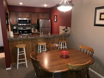 Eating area easily accommodates up to 7 people