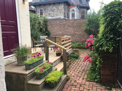 Photo for Garden Oasis 1 BR Apartment in Historical Victorian, Private Entrance, Deck