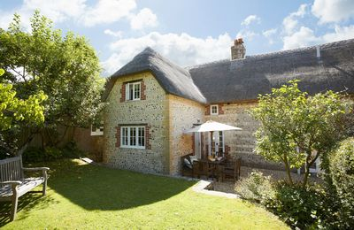 Photo for Peppard Cottage is a stylish holiday home located in a wonderful part of Dorset.