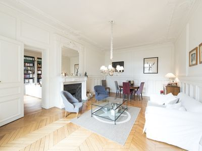 Photo for Sophisticated and spacious flat close to all the delights of Paris (Veeve)