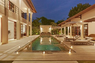 Book 2BR at 4BR Luxe Villa, Stress Free!