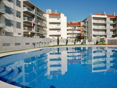 Photo for Shine - Stylish 2 Bedroom apartment just 200 meters from the beach