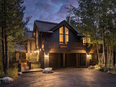 Charming Teton Village Retreat, Nestled in the trees, accommodates up to 10