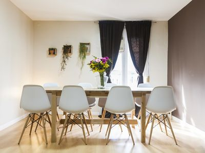 Photo for Perfect 4-Bedroom Apartment in Barcelona