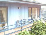 Great views, walk to town, enclosed garden, pet friendly, room for the boat