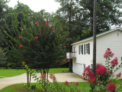 Photo for Cozy Couples Executive Retreat*Rent Month to Month*Wifi*Near Lake & Shopping