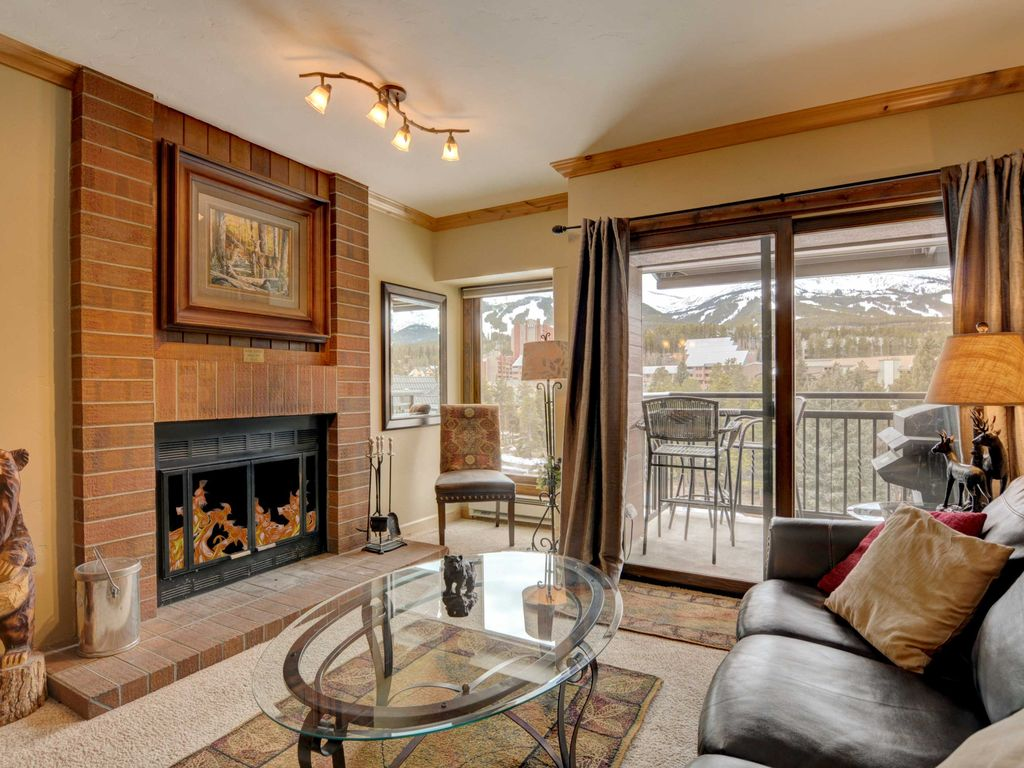 2 Bdrm / 2 BA Penthouse Luxury Condo Ski In... - VRBO