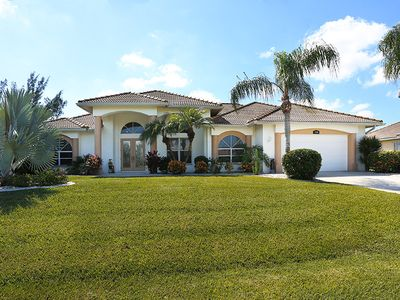 Photo for Spacious Villa, Terrace & Pool to the South, direct access to the Gulf of Mexico