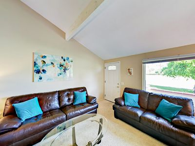 Living Room - Welcome to Palm Springs! Unwind on 2 comfy leather sofas in the living room.