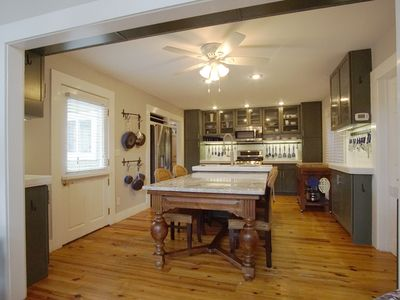Photo for Carriage House, Exec Monthly Rental, Garage, All Util/internet. Spoil Yourself!