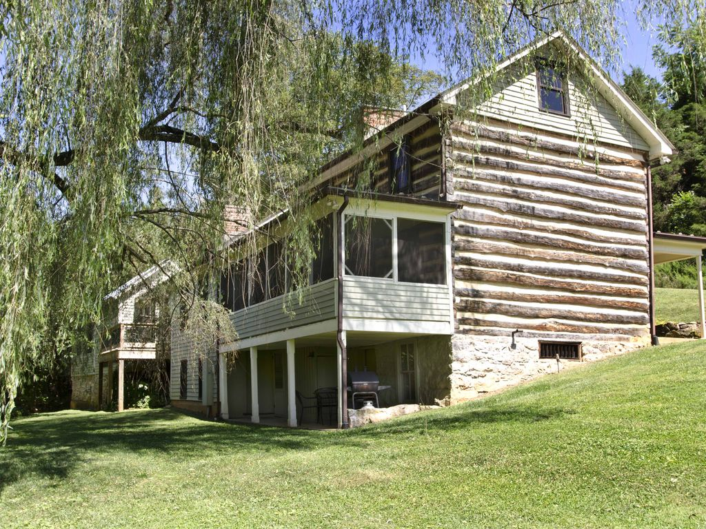 Willow haven cabin please call for accura homeaway for Cabin rentals near lexington va