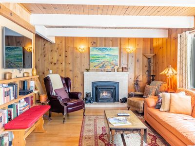 Photo for Delightful King's Beach Cabin | A walk to the Lake