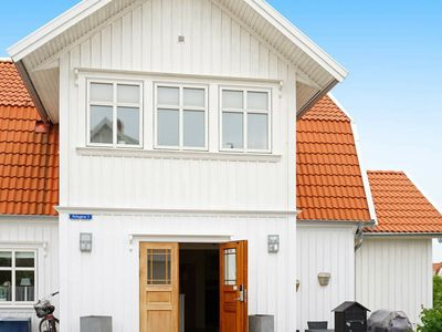 Photo for 8 person holiday home in KUNGSHAMN