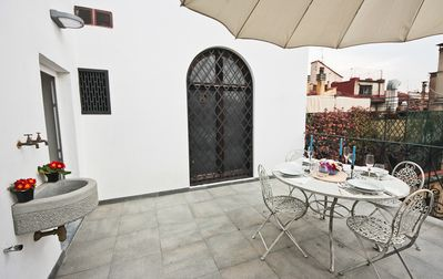 Photo for Ottaviani Terrace Apartment in the old historic center of Florence in Piazza Ottaviani