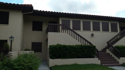 Lovely 2 Bed 2 Bathroom Condo in a quiet lush area near the golf course