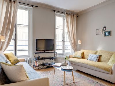 Photo for Charming 2 bedroom 2 bathroom apartment in the Louvre and the Seine!