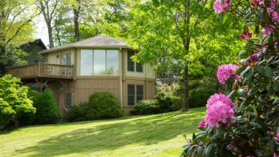 Photo for Perfect location, Big Yard, convenient to Blowing Rock, Blue Ridge Parkway.