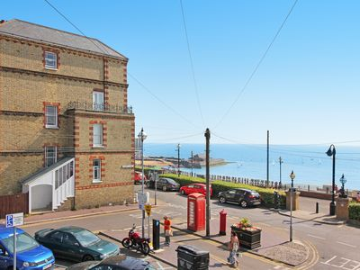 Photo for Ocean Outlook - 3 Bed Luxury Flat with Sea Views
